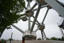 Atomium Brussels / A seminal totem in the Brussels skyline; neither tower, nor pyramid, a little bit cubic, a little bit spherical, half-way between sculpture and architecture, a relic of the past with a determinedly futuristic look, museum and exhibition centre; the Atomium is, at once, an object, a place, a space, a Utopia and the only symbol of its kind in the world, which eludes any kind of classification.