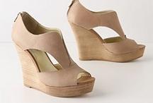 Shoes! / by Hannah Cohen