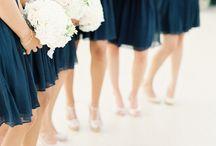Dresses/Kjoler / brudepiker (voksen), hårpynt, frisyrer mm