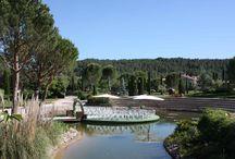 Séminaire & Réceptions / Le Château de Berne, petit coin de paradis du sud de la France au décor magique est le repère idéal pour les séminaires d'entreprises, les mariages ou autres événements.