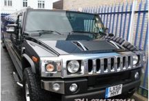 Black Stretch Hummer H2 / Limousine with a capacity of maximum 16 passengers.