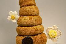 pincushions and needle keepers / by Rhondakay Newlin