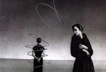 Arte Blanco/Negro / La imagen hermosa es una geometría modulada por el corazón. Willy Ronis / by Beth SaVe