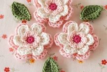 Crochet flowers / by Linda Juhl