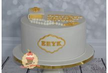 Communion cakes by Betti's Sweet World