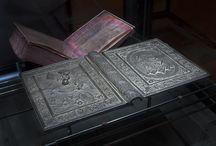 girdle book (könyvborítók)