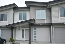 The Grob Court Townhomes at Westhills / 1300-1400 square foot, two level, contemporary townhomes with 3 bedrooms and 3 bathrooms.
