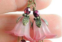 Earrings/korvikset