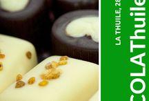 CHOCOLAThuile / La Thuile, Città del Cioccolato, dal 28 al 30 di agosto 2015 rinnova l'appuntamento con CHOCOLAThuile2015. Dopo il successo degli scorsi anni, l'incantevole cornice valdostana è ancora una volta scenario di questa golosa mostra mercato con ristorazione a tema per esperti, curiosi e appassionati. Degustazioni, cultura, arte, creatività con esposizioni, laboratori, workshop e convegni animeranno le strade di La Thuile.