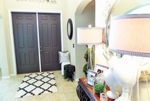 Entryway Decor Makeover / Painting interior front door. See the before and after transformation.