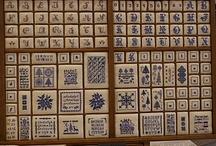 Cajones de imprimir / Cajones antiguos reutilizados artísticamente y propicios para la creatividad