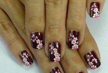 Nails Nails Nails / by Kimi Fox