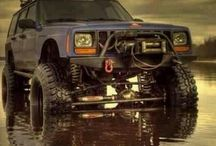 jeepson / Only in a jeep  OlllllllO #jeep #cherokee #xj #wrangler #unlimited #jeepcherokee #jeepwrangler