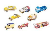 Jouets pour enfants chez Fou du Volant / Découvrez notre sélection de jouets pour enfants. Nous privélégions les jouets en bois mais pas que ! Visitez notre site web www.fouduvolant.com