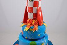 Gâteaux Décorés Thème Espace - Space Cake / Des gâteaux personnalisés sur le thème de l'espace Space, planets, solar systeme birthday cakes
