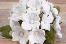Gumpaste Hydrangea Sugarflowers / A collection of beautiful Gumpaste Hydrangea Sugarflower cake decorations / by CaljavaOnline.com