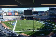 #UCONNvsARMY / The Army football team defeated UCONN 35-21 at Yankee Stadium in the Bronx on Nov. 8