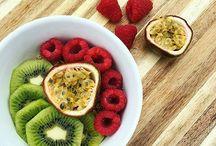 Healthy breakfast / #healthy #juices #smoothies #fruits #breakfast