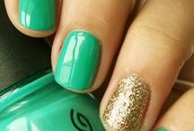 Nails/makeup