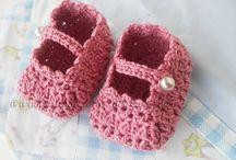 Bebês sapatinhos em Crochê