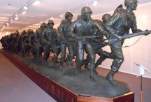 Holidays - Memorial Day / Veterans Memorial Museums across America PLUS Memorial Day food and crafts.