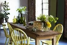 LADY Spring & Summer Collection / LADY vår & sommer kolleksjonen har sin klare opprinnelse i alt som spirer og gror. Frodigheten og spillet i plantenes grønne nyanser danner grunnlaget, og fargene spenner fra eksotiske nyanser i Palmetto, Grønn Papaya og Bambus til friskheten i Aprilgrønn og Sommersol. Den rustikke trenden understrekes av fargen Rustikk Terracotta, samt nøytraler som Kalk og Kalkgrå.