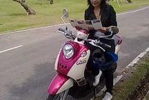 Thais meisje gaat alleen op reis