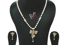 Pearl set in pretty stylish pendant at Rs. 3,300 / http://www.purepearls.in/buy-pearl-necklace-sets-from-hyderabad/pearl-set-in-pretty-stylish-pendant