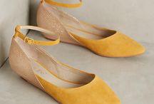 ayakkabı- أحذية -shoes