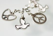 Peace charms / Мы  за мир во всем мире! чармы, шармы чарм  charm bracelets LeDiLe charms