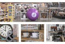 Trends & Trade | Over ons / Met ruim 20.000 m2 is Trends & Trade hét meest complete lifestyle inkoopcentrum van Nederland. Het enorme aanbod is afgestemd op de detaillist in de home-, gift- en garden branche en op de interieurprofessionals. Meer dan 180 exposanten hebben gezamenlijk ruim 200.000 artikelen overzichtelijk uitgestald staan bij Trends & Trade.