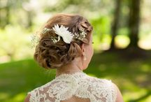 Flowers in hair / by Beth Corbould