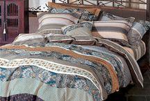 Juxta Waves Twin XL Comforter