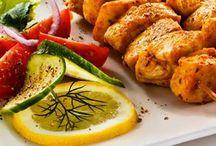 TastyMeals / Lo que hacemos es encontrar satisfacer el gusto por la buena comida. Platillos y menús para diferentes gustos y ocasiones. Queremos ser parte de tu organización al generar un espacio en el trabajo donde puedan relajarse y disfrutar una buena comida. Síguenos en Twitter: @TastyMealsMX, Facebook: Tasty Meals, Instagram: @tastymeals. Contáctanos: Tel: 24601039, Whatsapp: 5520957226, Correo: servicios@tastymeals.com.mx. O sitio web: http://tastymeals.com.mx/
