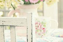Shabby-Florals / by Cyndee Lehner