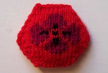Knitted hexipuffs