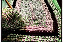 Trapillo alfombras / by Mónica Hernández