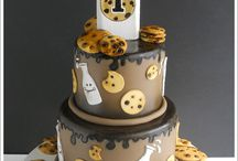 Cakes / by Piper Laine