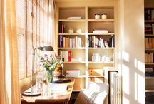 Espacios de trabajo con muebles de madera