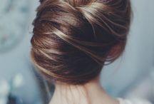 Zapnuté vlasy dohora