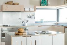ISLAND ON CASTORS / Great ideas we found for Kitchen Design Ideas for Island Design that are moveable with Castors.