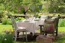 Lawn Dining