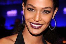dark color lips