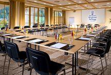Tagung & Kongress Bayern / Unsere Kongresslocations, Tagungshotels und Gastgeber bieten für jeden Tagungsgast und jeden Geldbeutel das richtige Zimmer, vom 5 Stern Intercontinental Resorthotel in bis zur Design-Jugendherberge. Kurzum, wir bieten Ihnen und Ihren Tagungsgästen alles was Sie sich für Ihre Veranstaltung in den Bayerischen Alpen nur wünschen können.