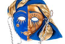 Куклы-Маски / Изумительная маска большая маскарадная — обязательный атрибут карнавалов, веселья и хорошего настроения. Разнообразие моделей, их красочность и художественное совершенство завораживают и поражают своей индивидуальностью. Каждая маска имеет свои неповторимые особенности, которые делают ее невероятно привлекательной. Купить большую маску — значит, стать олицетворением праздника и человеческих эмоций.