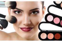 Stylowe Kolory / Kolory włosów, lakierów do paznokci i kosmetyków! Wszystko, co teraz modne