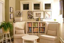 Bookshelf Displays / by Kathy Aylward