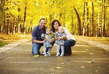 Family Portrait Ideas / by Ashley Van Liere