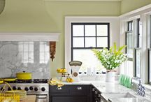 kitchen ideas and paint colors / Clever kitchen ideas and pretty paint colors.