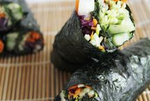 Fresh and Raw / Interesting looking raw food recipes.